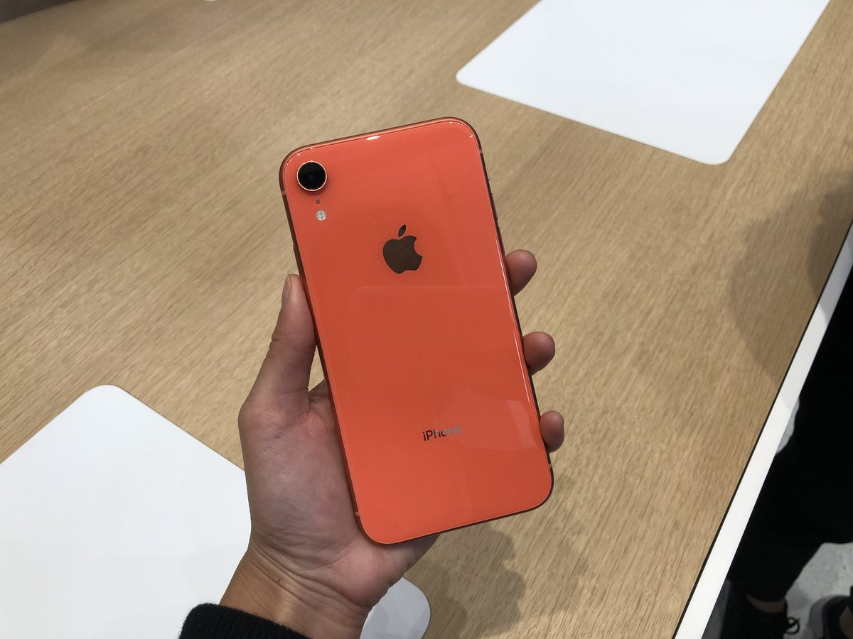 Apple-iPhone-XR-Hands-On